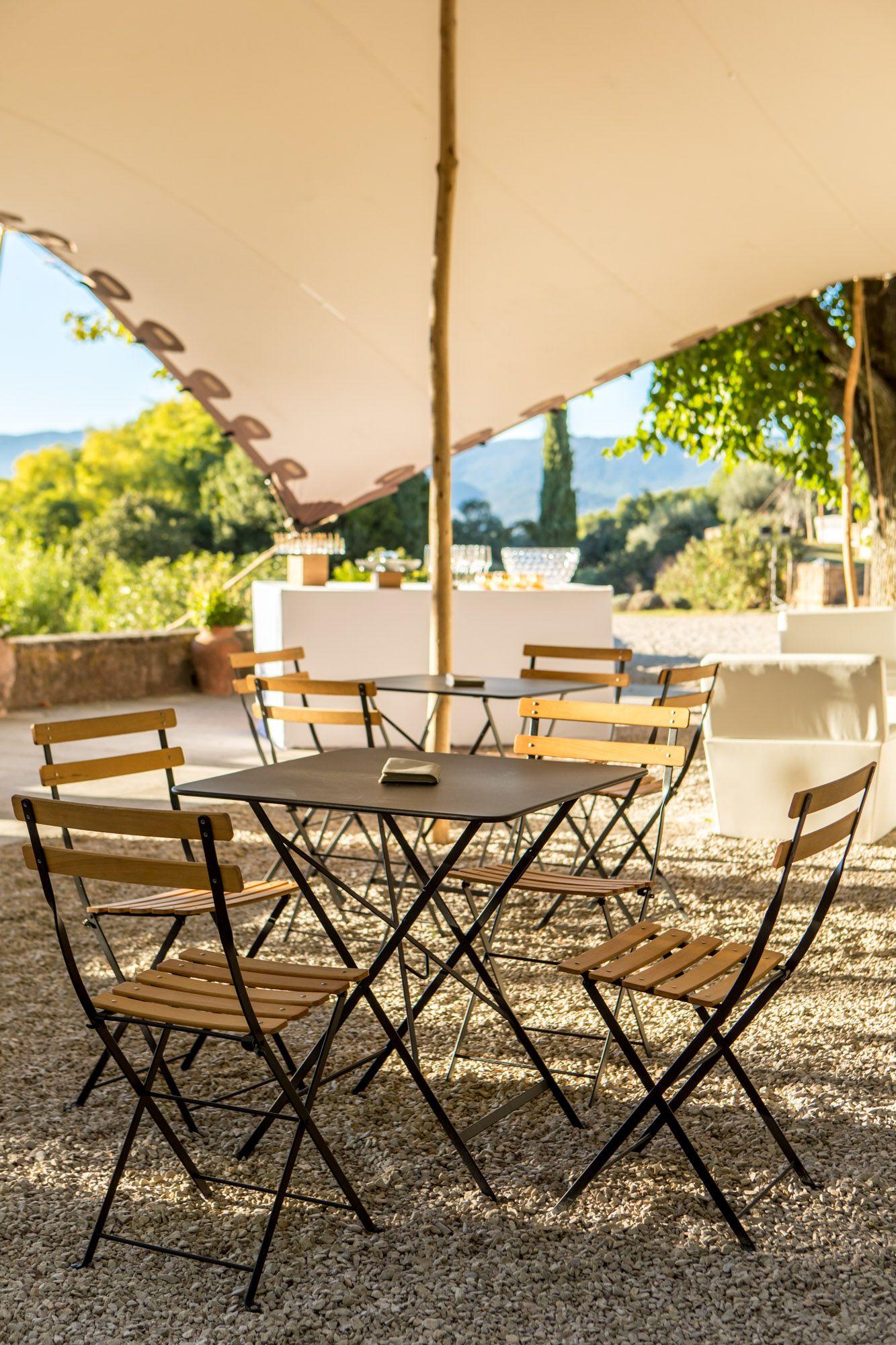 Pin Van Olympia Op Jardin A Amenager Pour Table Et Chaises Appels