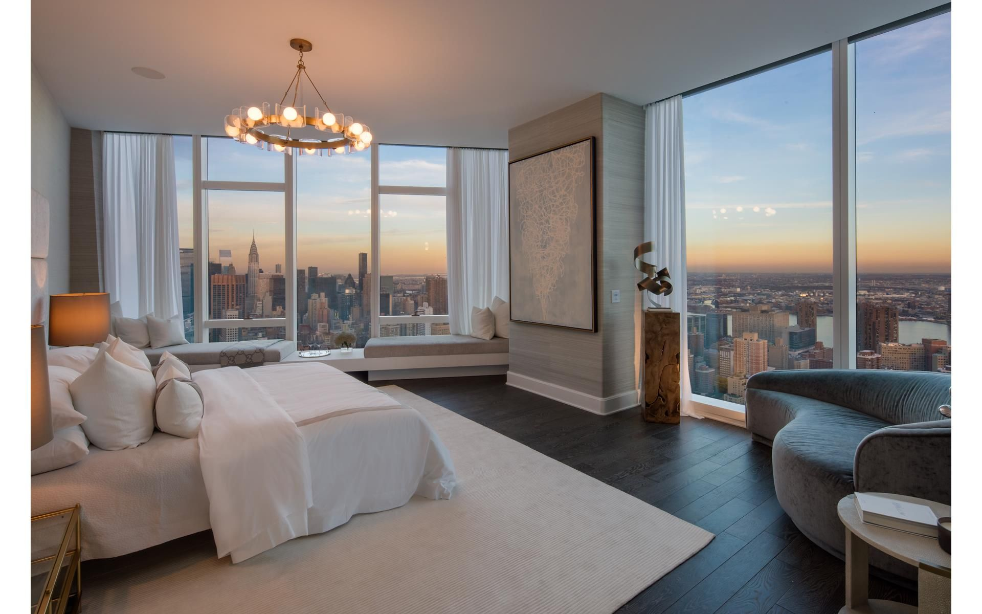 Encompassing The Entire 62nd Floor Of Madison Square Park Tower This 4 663 Square Foot Four Bedroom Four Luxury Apartments Luxurious Bedrooms Apartment View