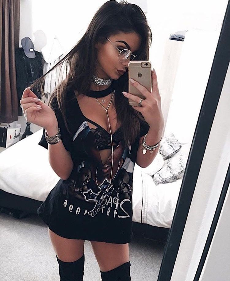 2ad71beb38c Sexy grunge Edm Outfits