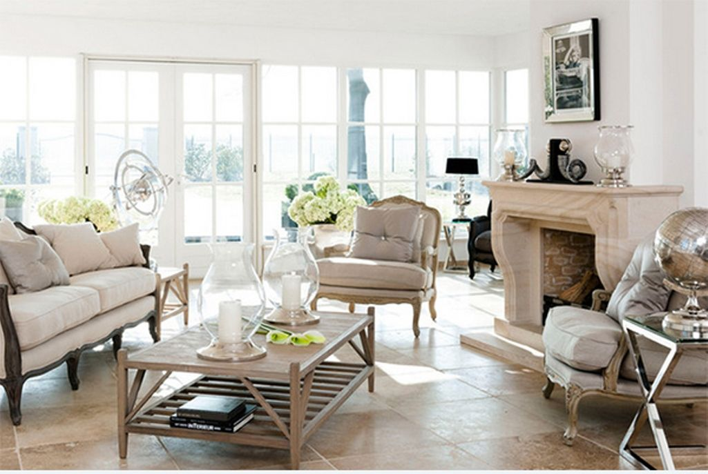 Eclectic living room ideas with country furniture 4 for French chic living room