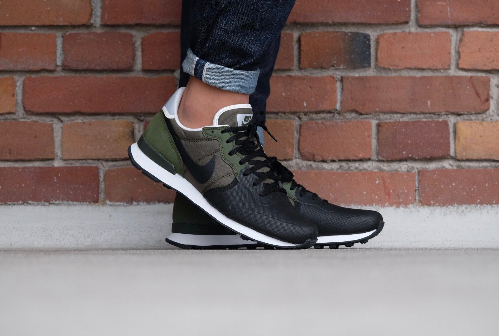 Nike Internationalist Prm Se Legion Green Black Palm Green