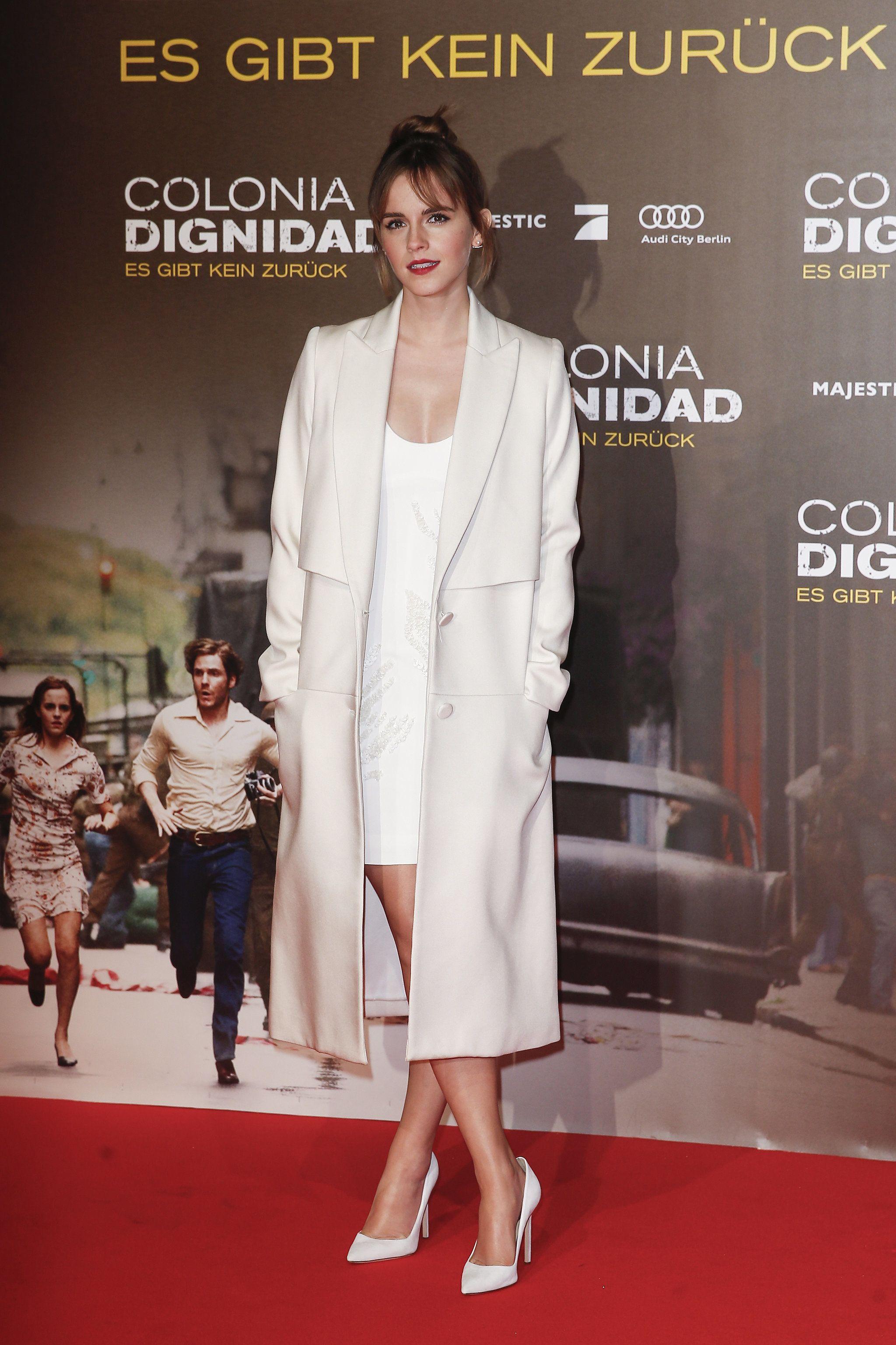 White dress emma watson - Emma Watson S Latest Is The Anti Naked Dress