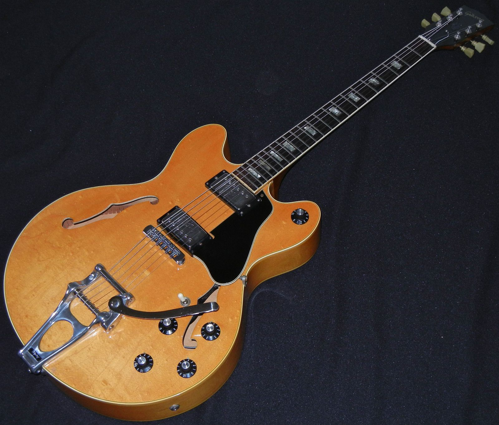 Gibson Es 150 Dc Vintage 1972 Bigsby Hollowbody No Reserve Classic Guitar Gibson Beautiful Guitars