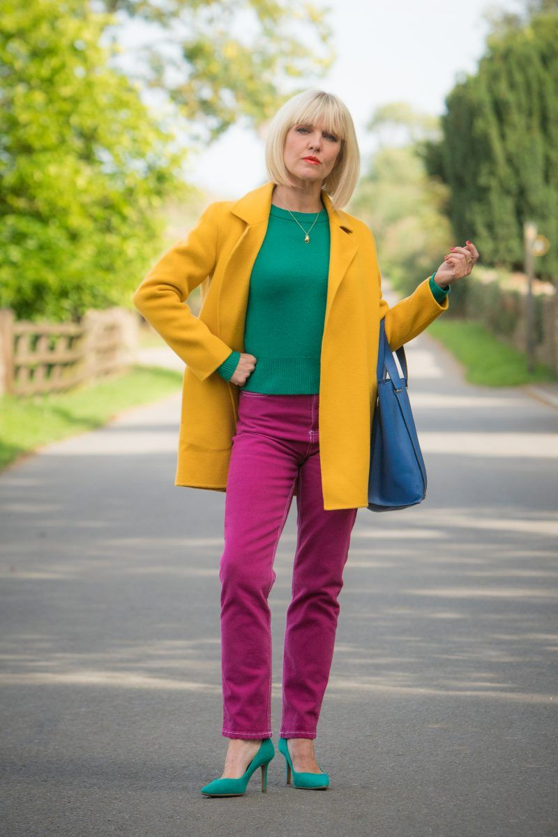 Get The Look: Agatha Raisin | Agatha raisin, Queen outfit