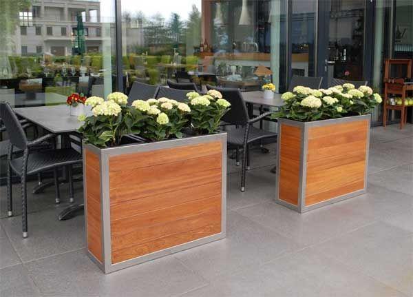 Exklusive Pflanzkübel exklusive pflanzkübel aus holz mit edelstahlrahmen pflanzkübel