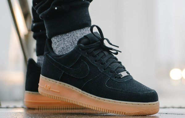 nouveau concept 12004 41b91 Nike Air Force 1 Low Suede Black Gum (homme) (1) | Kicks in ...
