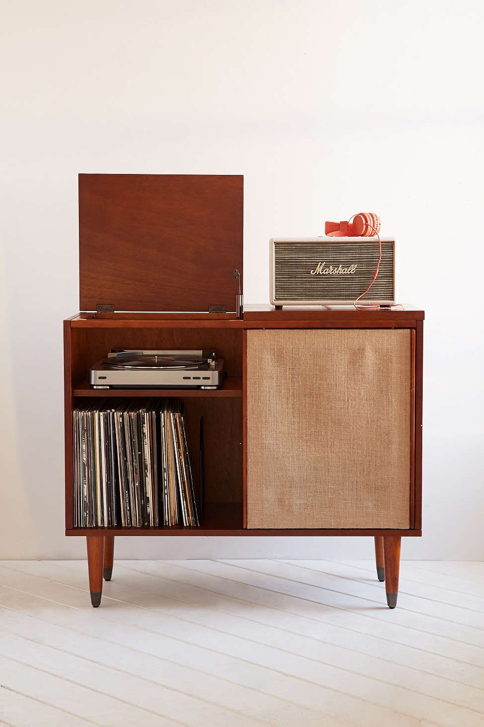 Meuble Vynil Draper Media Console Urban Outfitters Dreamhouse Meubel