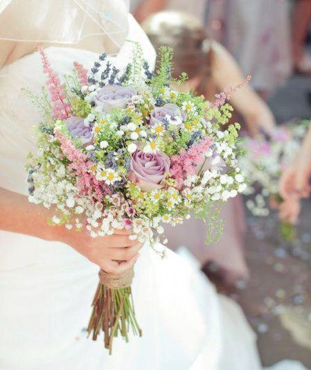 Feld Und Wiesenstrauss Romantischer Brautstrauss Hochzeit Rosa