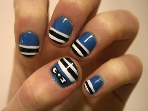 Easy Nail Designs Bows Blue Black And White Stripe Nails Pinterest