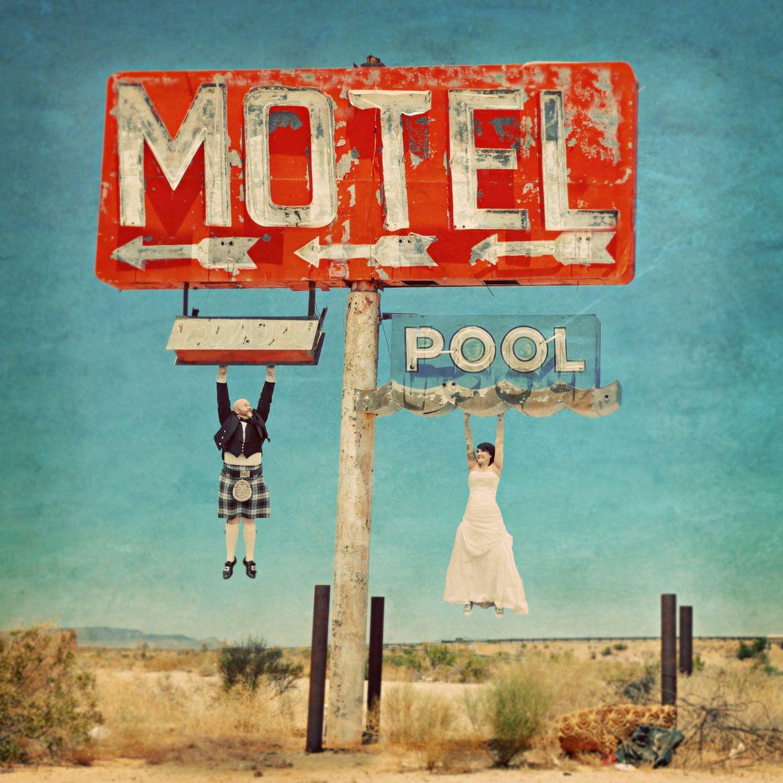 Motel Lovin' by Renaissance Studios  boda wedding