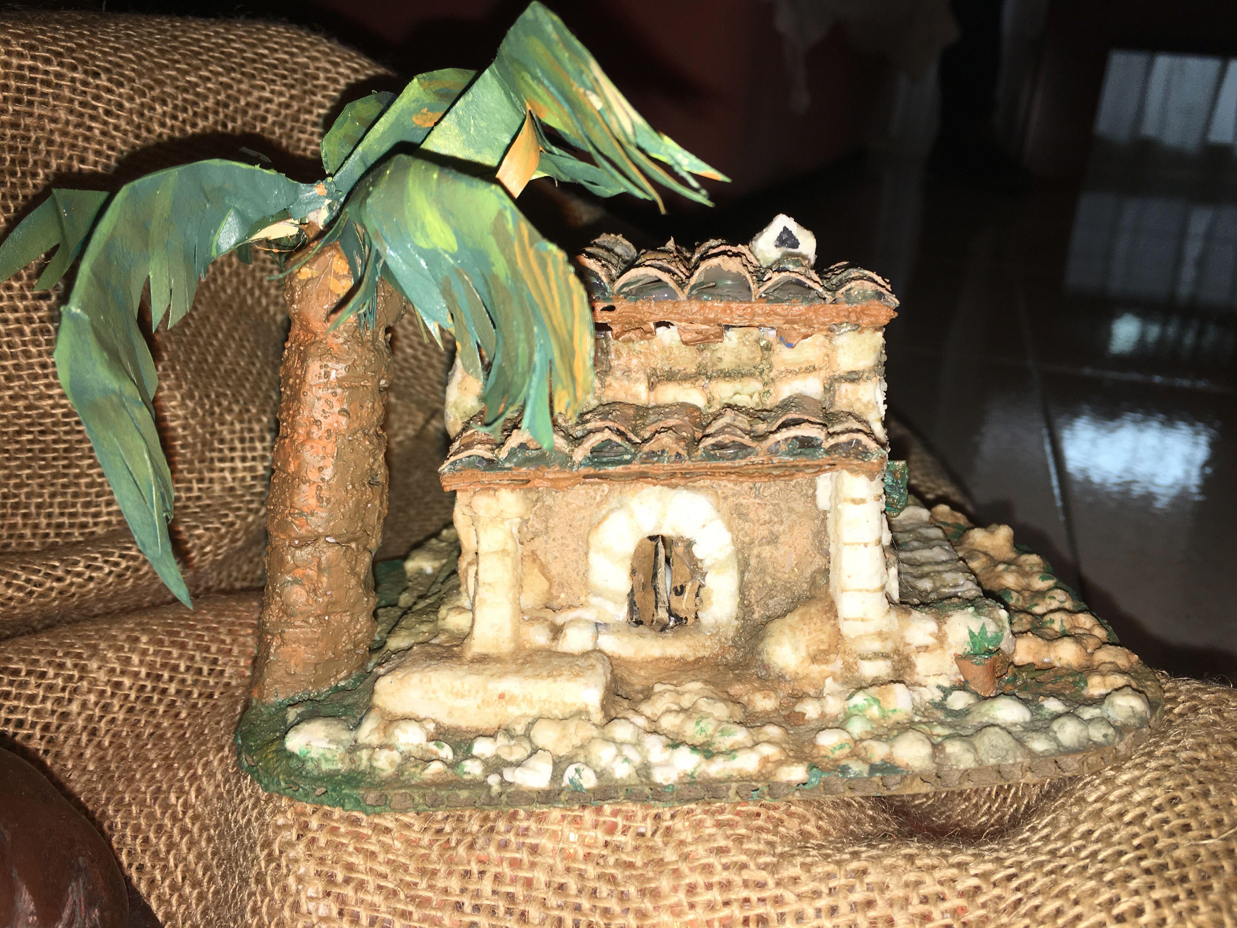 Casa de pagès amb materials reciclats