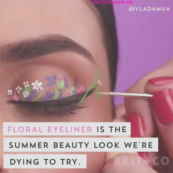Eyeliner Floral est prêt à dethrone la couronne florale comme prochain look de festival Eyeliner
