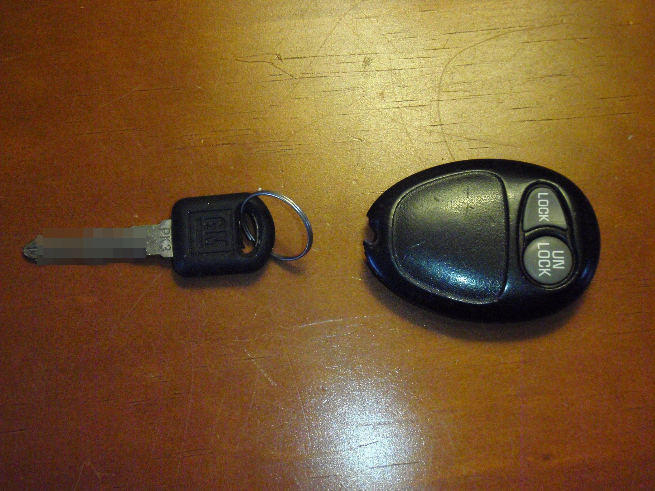 How To Fix A Broken Gm Key Fob With Images Key Fobs Diy Key Diy
