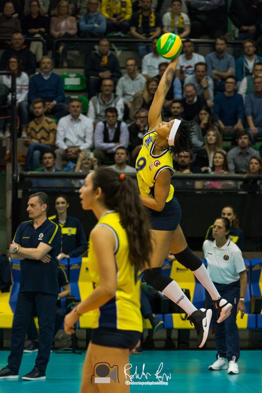 Melissa Vargas Women Volleyball Volleyball Players Beach Volleyball