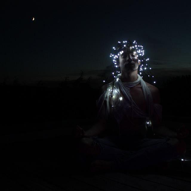 #photography #photographer #men #night #moon #light #nature #mypushup https://www.mypushup.com
