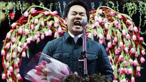 Japonês declara seu amor durante Dia da Esposa, em Tóquio