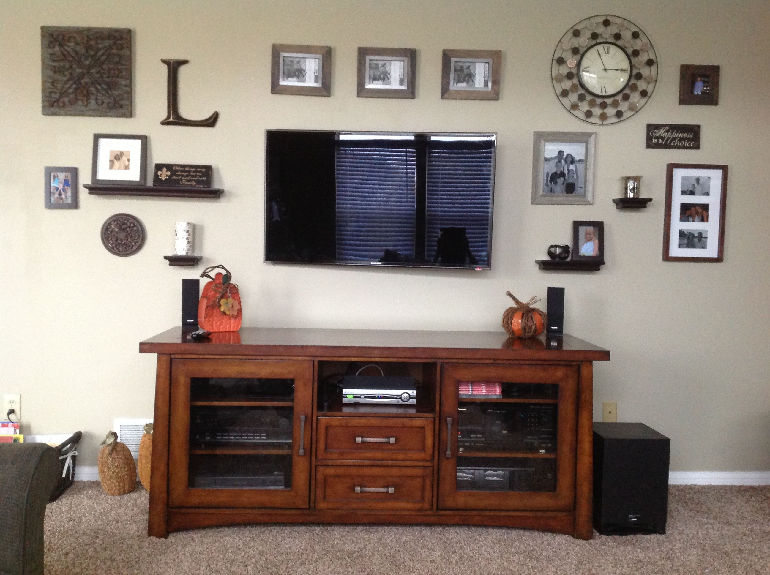 beautiful decorating around a flat screen tv with decorating around a flat screen tv part of decorating around a flat screen tv at tiny houses and