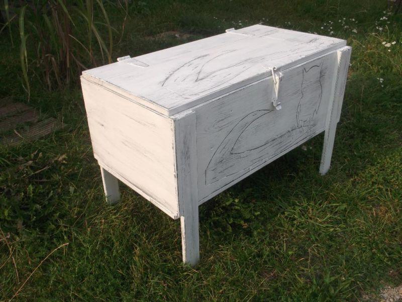 tisch couchtisch truhe truhentisch ugle holz im shabby chic in berlin hohensch nhausen. Black Bedroom Furniture Sets. Home Design Ideas
