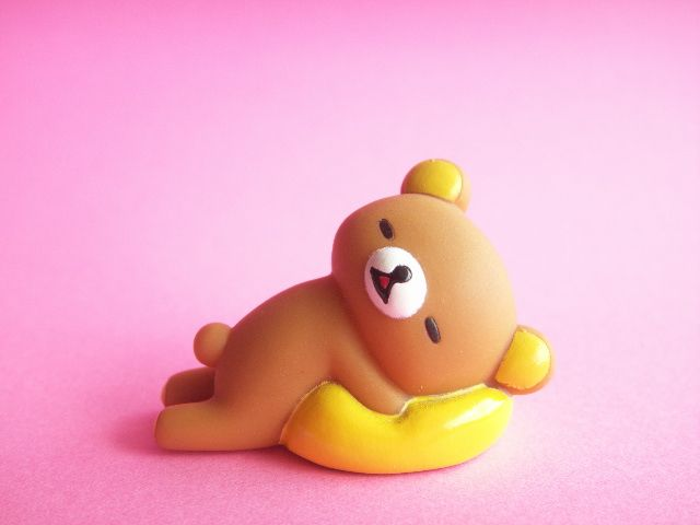 Kawaii Cute Rilakkuma Small Rubber Doll Mascot Sleeping with Cushion