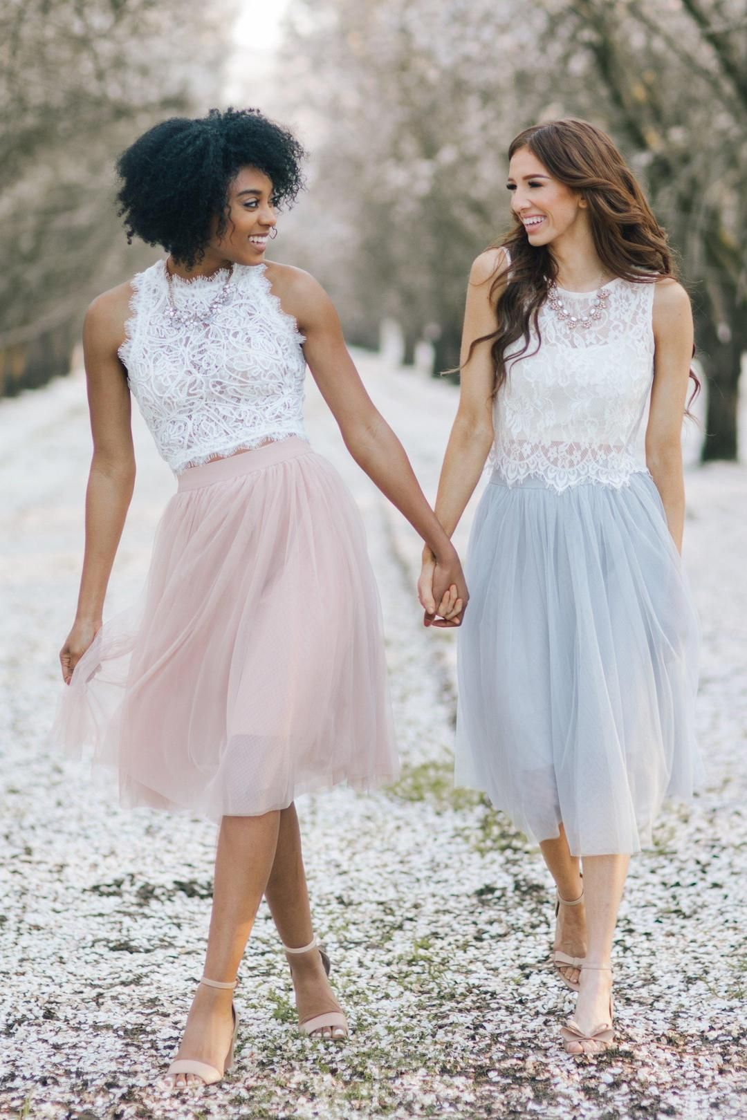 Eloise Tulle Midi Skirt Tulle Midi Skirt Tulle Skirts Outfit White Lace Top Sleeveless [ 1620 x 1080 Pixel ]