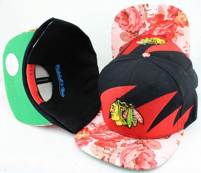 f89f929d78a NHL Chicago Blackhawks Snapback Hat (11)