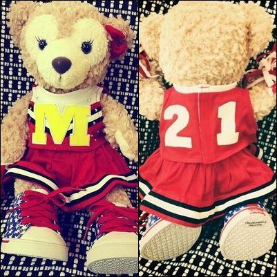 2NE1 shares a photo of Minzy bear