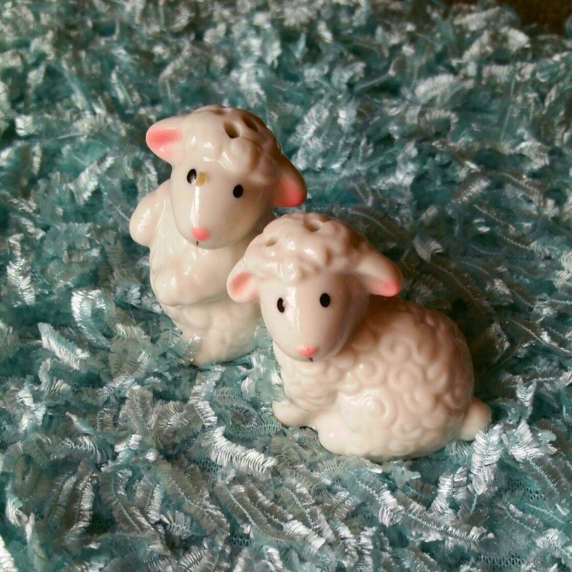 Little Lambs Salt and pepper set, Salt n pepper, Salt shaker