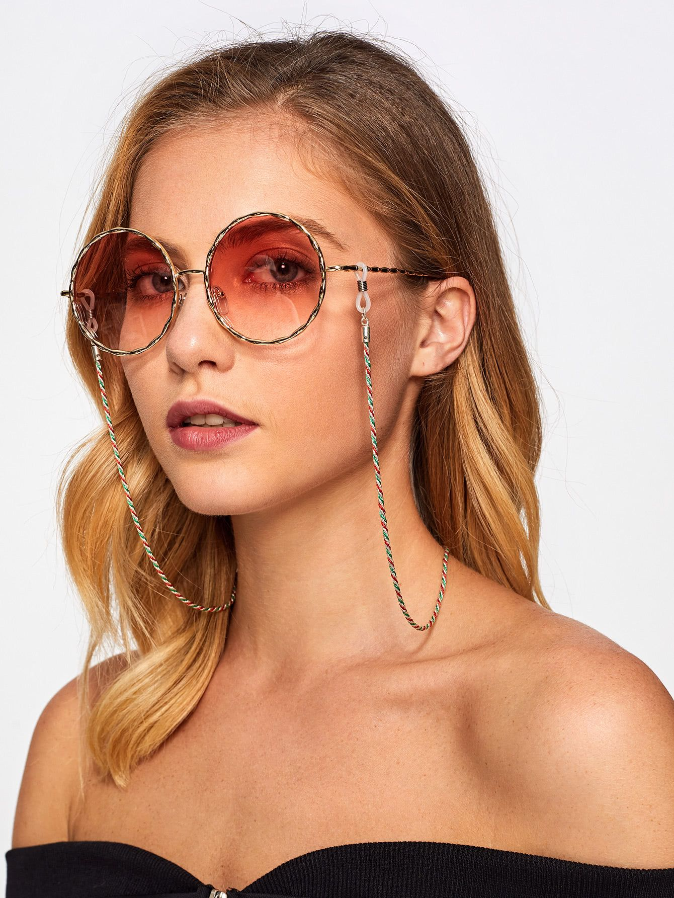 854a2c68e Three Color Glasses Chain in 2019 | Causal Outfit Inspiration ...