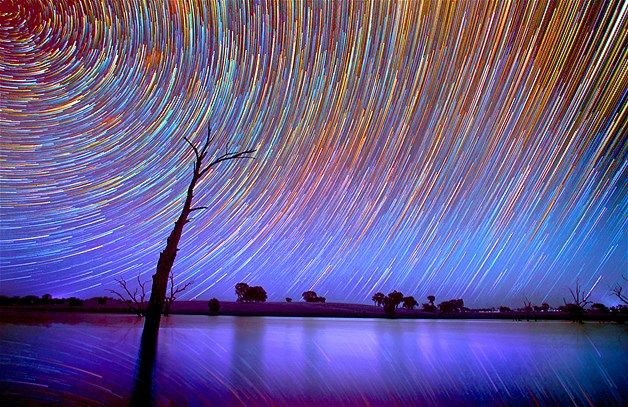 Image: Star trails (© Lincoln Harrison/Caters News)