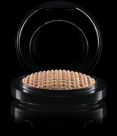 MAC Cosmetics: Mineralize Skinfinish in Perfect Topping