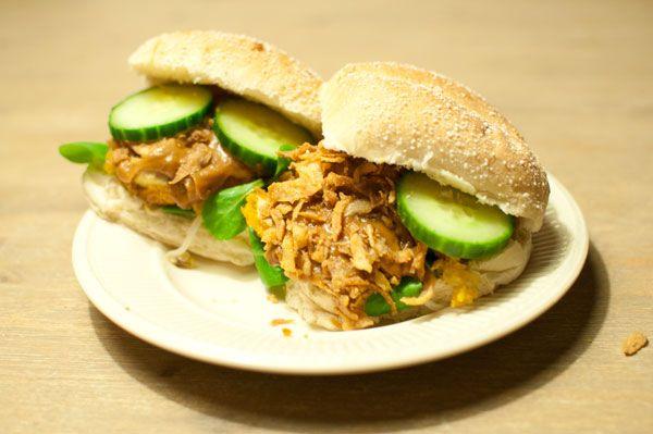 Recept: Broodje kipsaté met komkommer