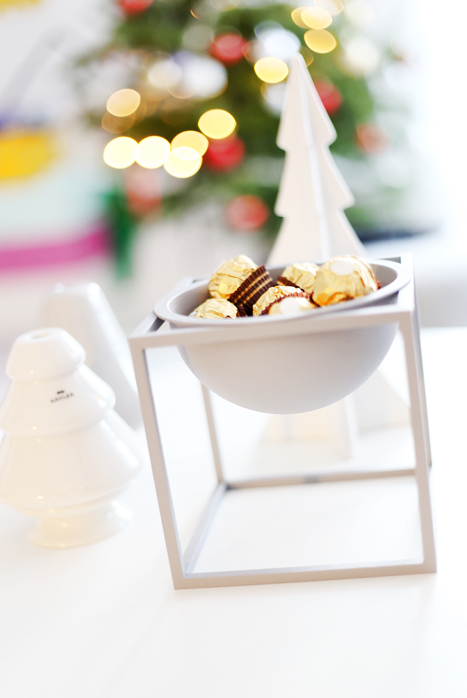 My Christmas gift to myself - The gorgeous gray Kubus bowl from By Lassen.  Perfect decor in my scandinavian home. :)  http://www.reidunbeate.com/2015/12/27/til-reidun-fra-reidun-julegaven-til-meg-selv/
