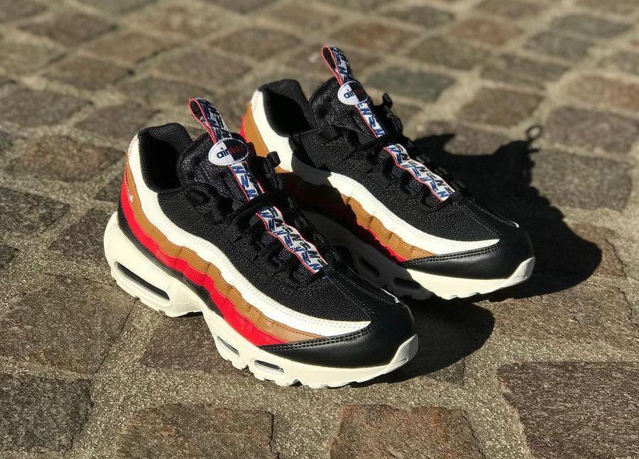 Comment acheter la chaussure Nike Air Max 95 TT Premium Pull Tab Black Ale  Brown Gym Red ? Retrouvez aussi notre évaluation de la basket qui présente  un ...