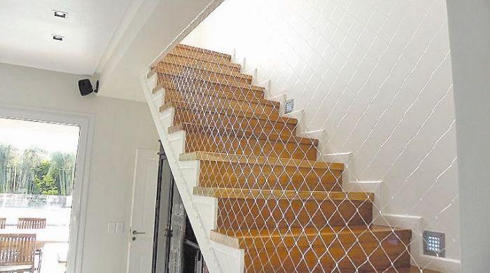 Escalera con red buscar con google barandilla red - Escalera japonesa ...