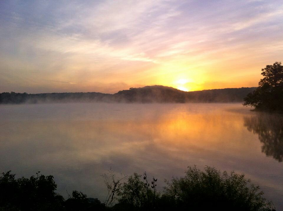 Innsbrook Sunrise by Bob Keefe. Innsbrook Resort, Innsbrook MO - Wright City Missouri - Innisbrook Lake