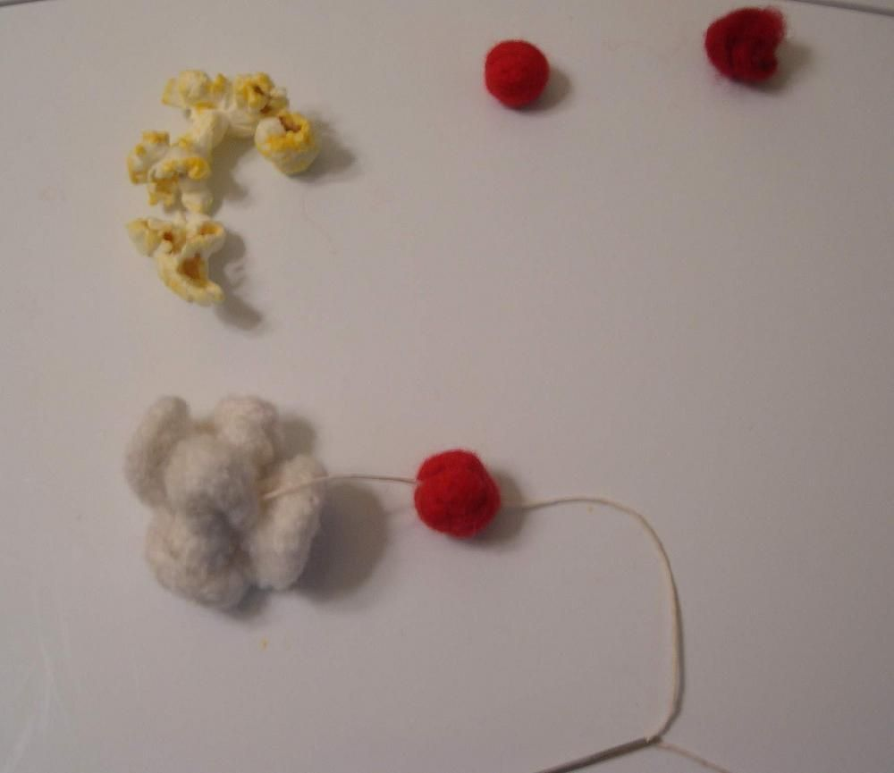 Felted Popcorn and Cranberry Garland | Knitting Christmas ...