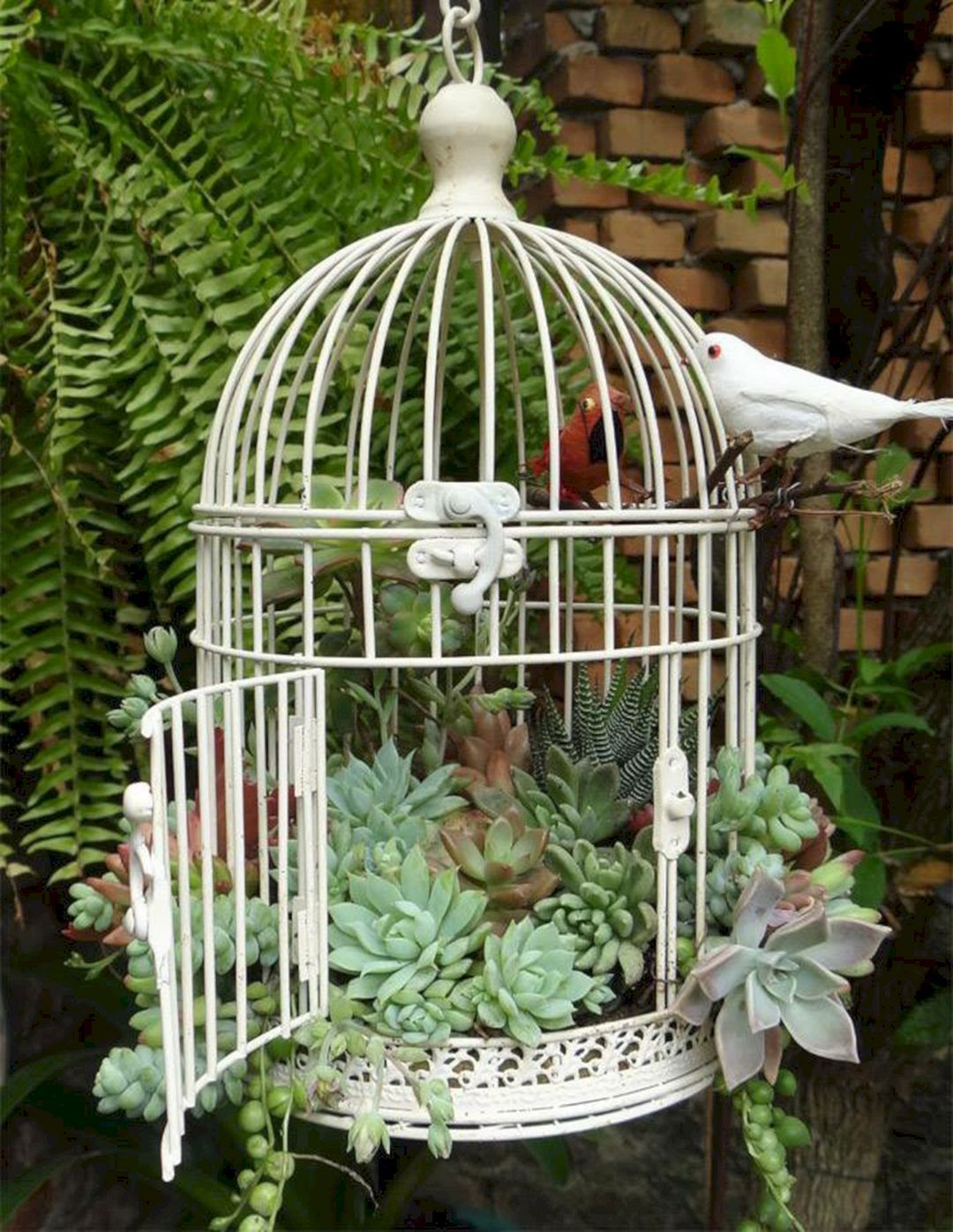 Awesome Container Garden with Succulents: 45+ Best Design Ideas / FresHOUZ.com #gardendesign