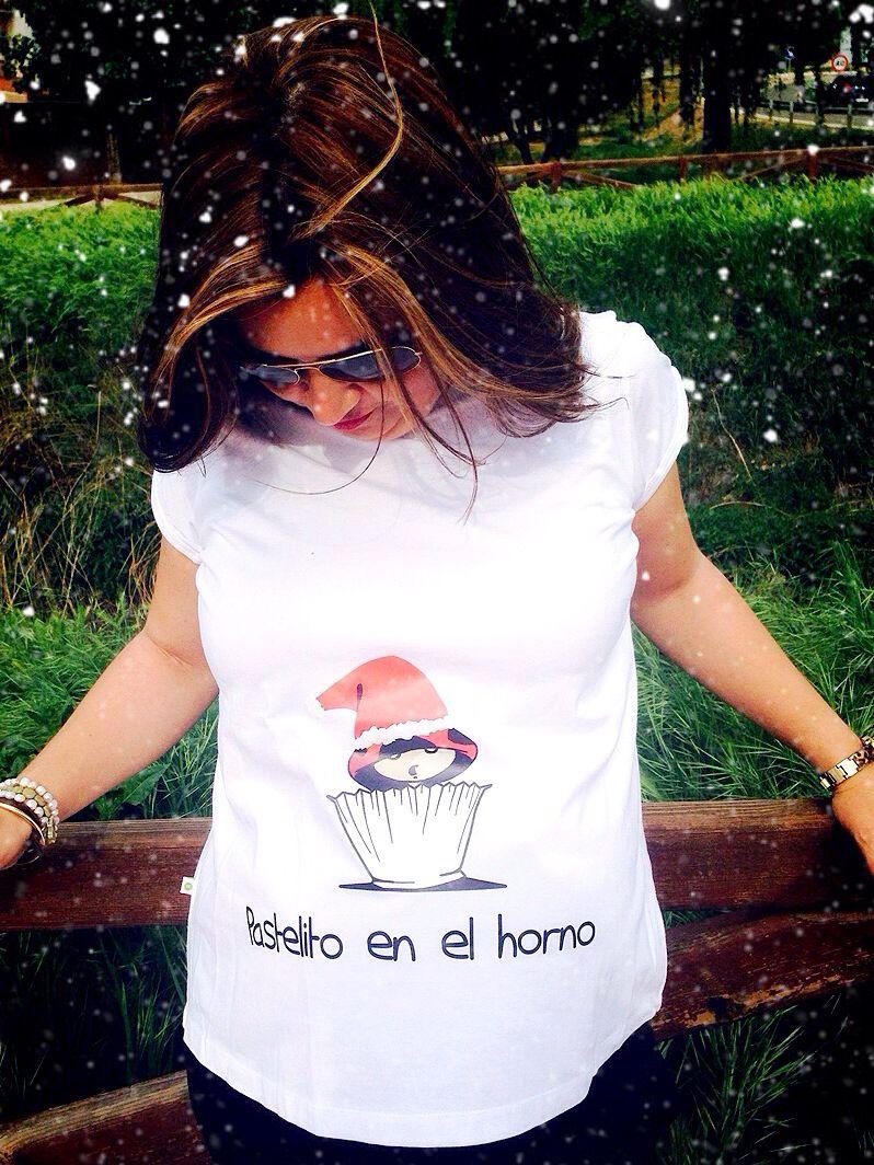 0148a8611 Camisetas para embarazada divertidas más Navideñas  )