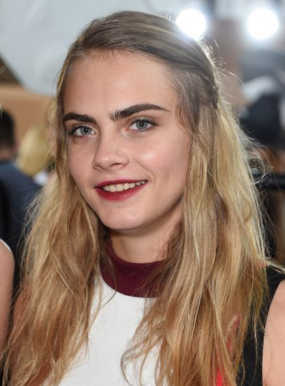 What Does Cara Delevingne Look Like Without Her Eyebrows ...