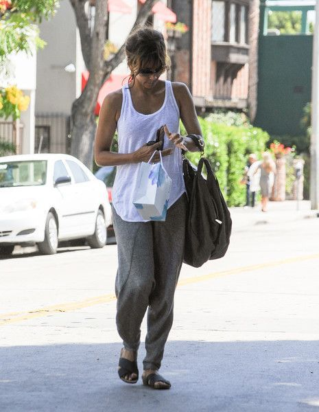 Halle berry leather hobo bag for her arm candy bags diaper jpg 465x600  Leather hobo halle b88e94155b4c2