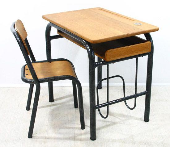 Petit bureau et sa chaise années 60 / Bianca and Family