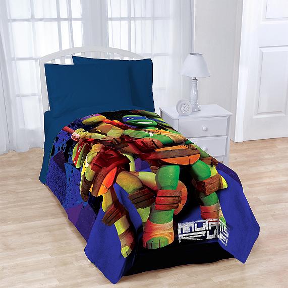 Teenage Mutant Ninja Turtles Fleece Character Throw Bedbathandbeyond Com Teenage Mutant Ninja Turtles Character Blankets Cool Beds