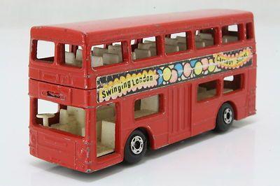 Matchbox/Lesney 17f; The Londoner Bus, Daimler; Swinging London, Good Unboxed - http://www.matchbox-lesney.com/?p=1018