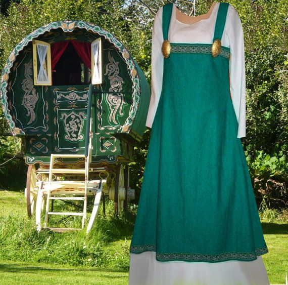 Seashore Teal & White Norse Apron Linen with Kirtle in You