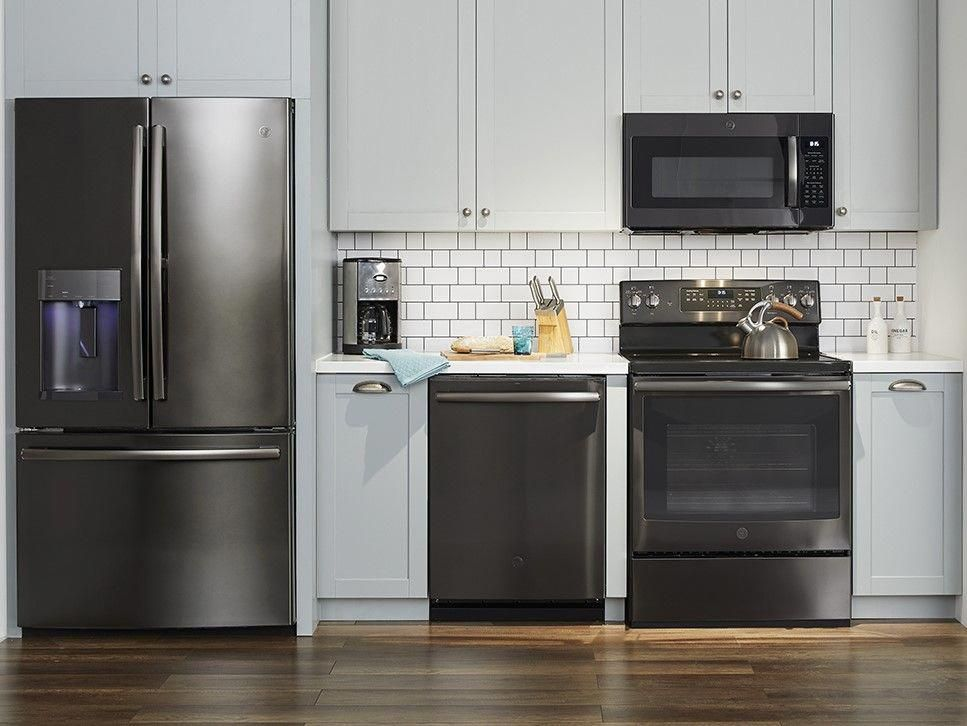 Black Is In In Stainless Steel With The Newest Ge Black Stainless Steel A Outdoor Kitchen Countertops Outdoor Kitchen Appliances Replacing Kitchen Countertops