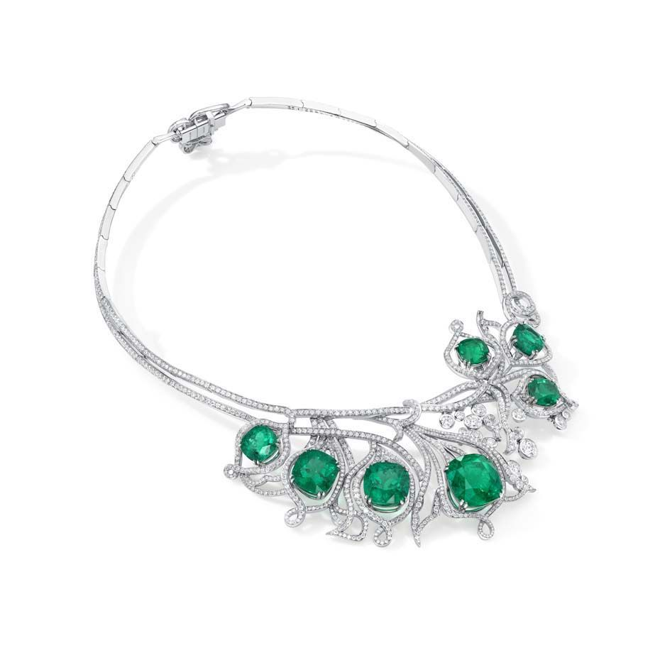 The highly-valuable Greenfire emerald #necklace by @Jill Meyers Meyers Trenchard