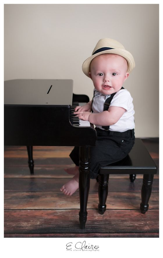 Baby With Piano  Month Photos Evie Claire Photography L Baltimore Md Newborn Photographer Maternity