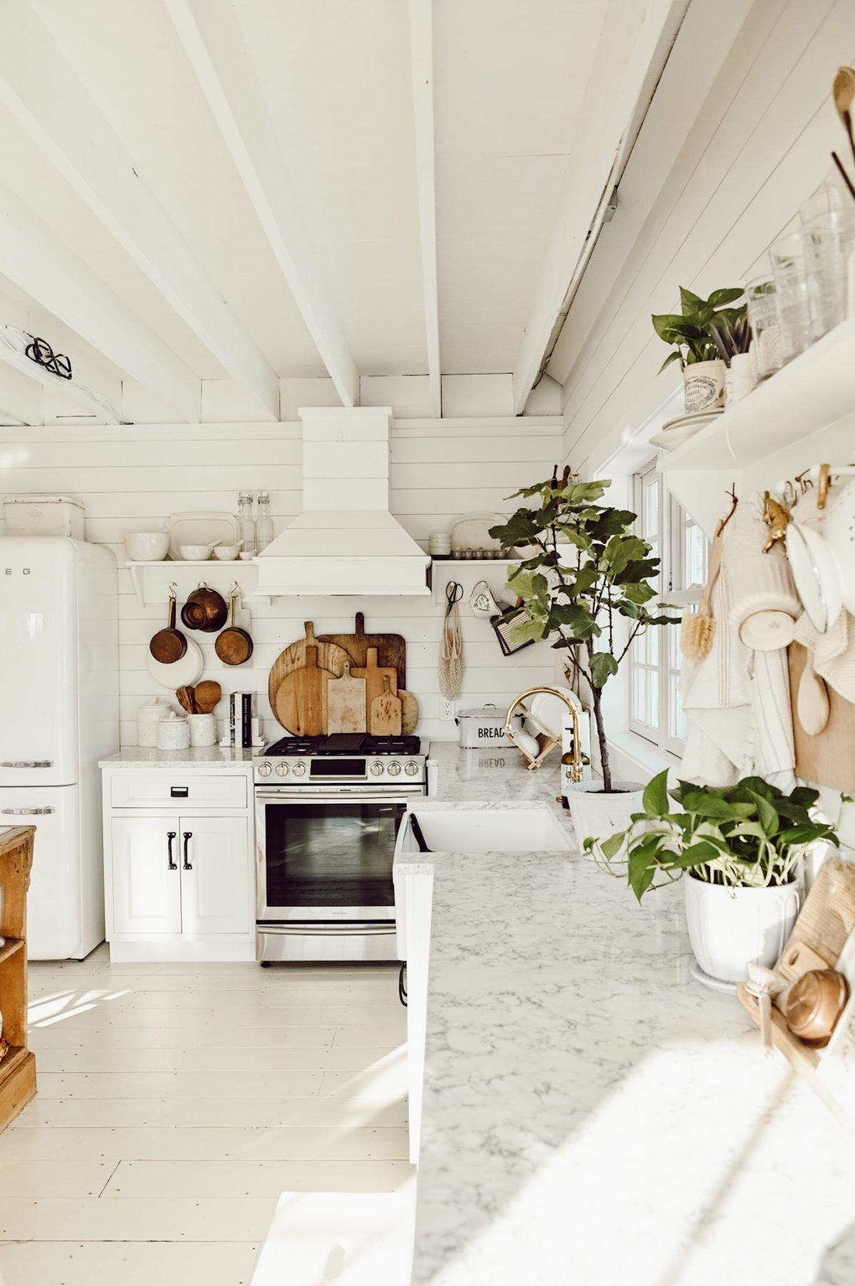 Cozy Winter Kitchen In 2020 Kitchen Inspirations Kitchen Dining Room Combo Dining Room Combo