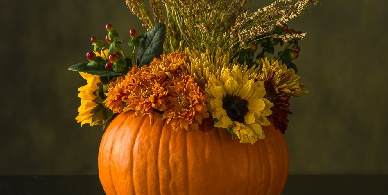 A Pumpkin Vase And Other Creative Thanksgiving Flower