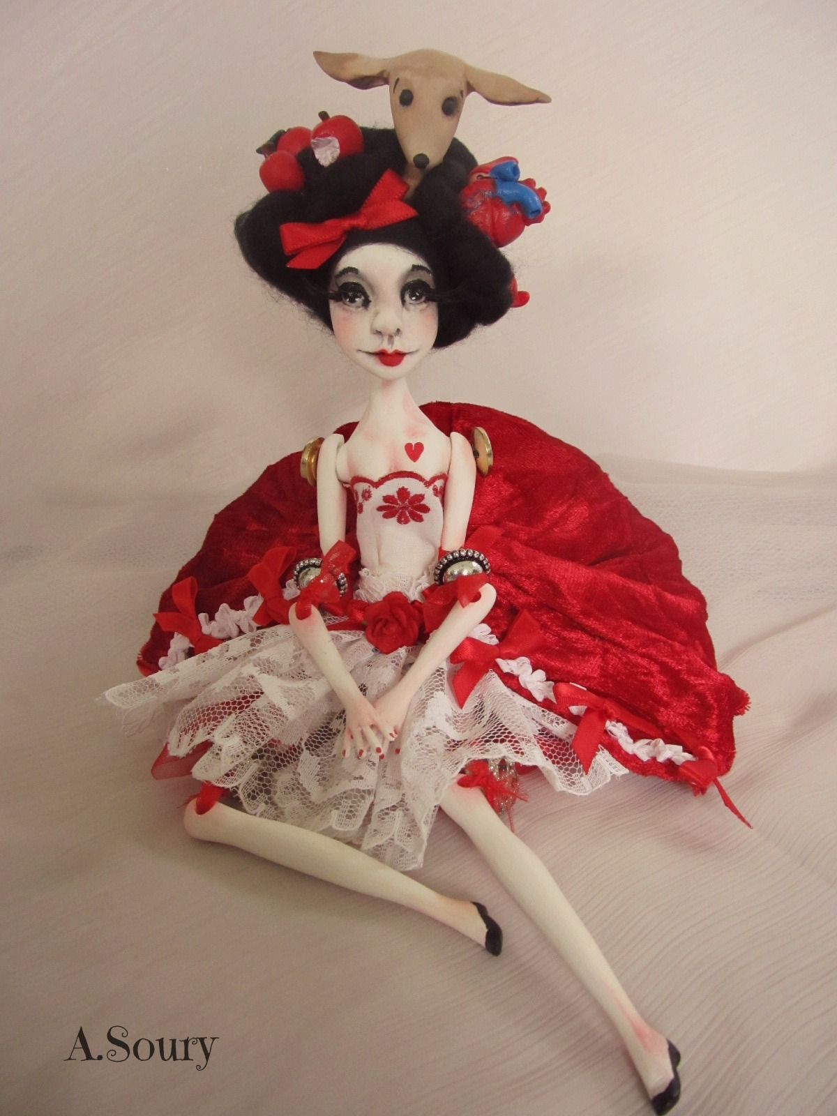 Snow White  http://asoury.weebly.com/